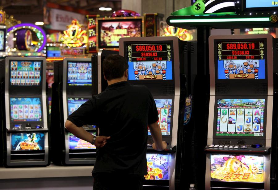 Казино наро фоминск играть в монополию с банковскими картами онлайн бесплатно