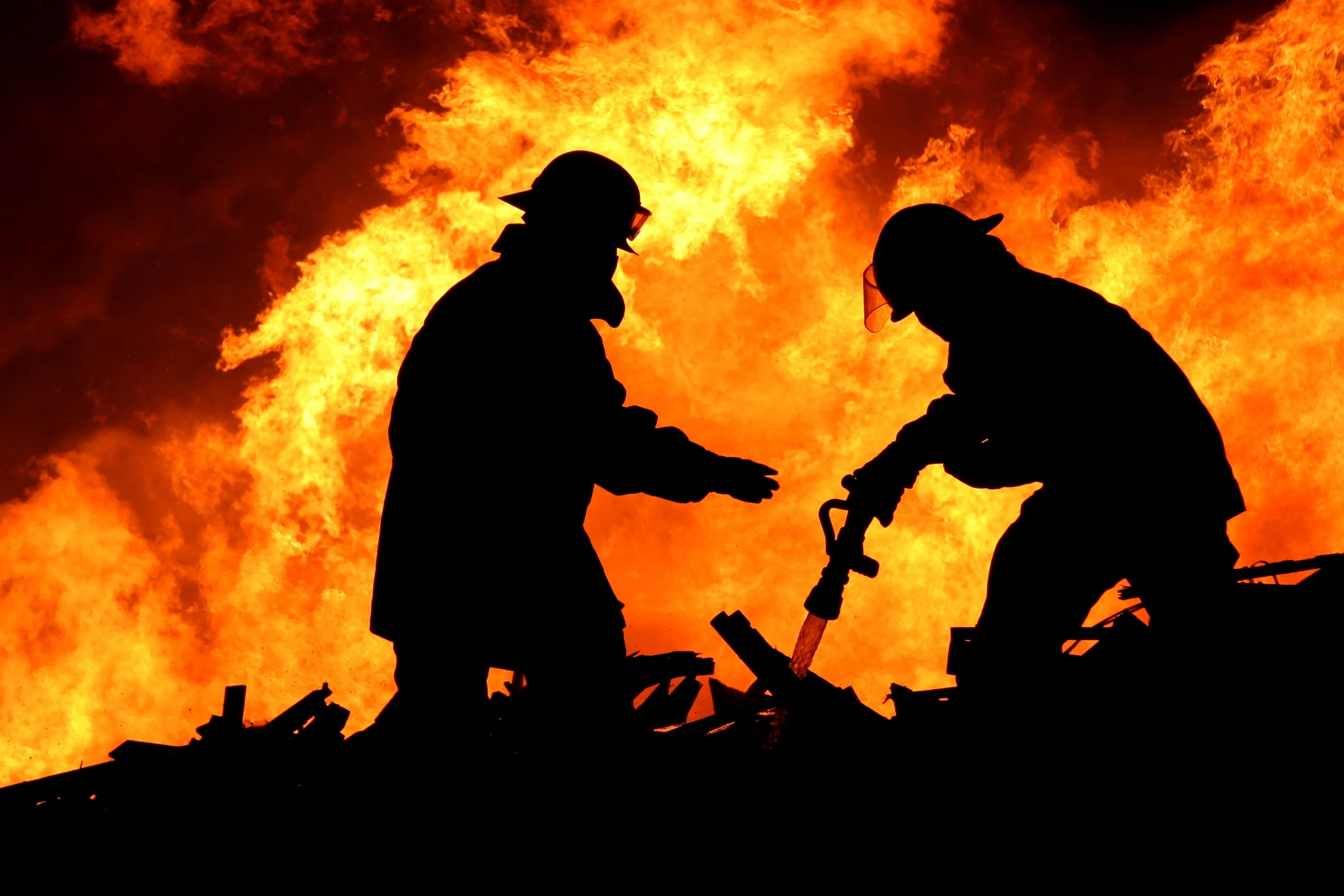 В результате пожара пострадал мужчина