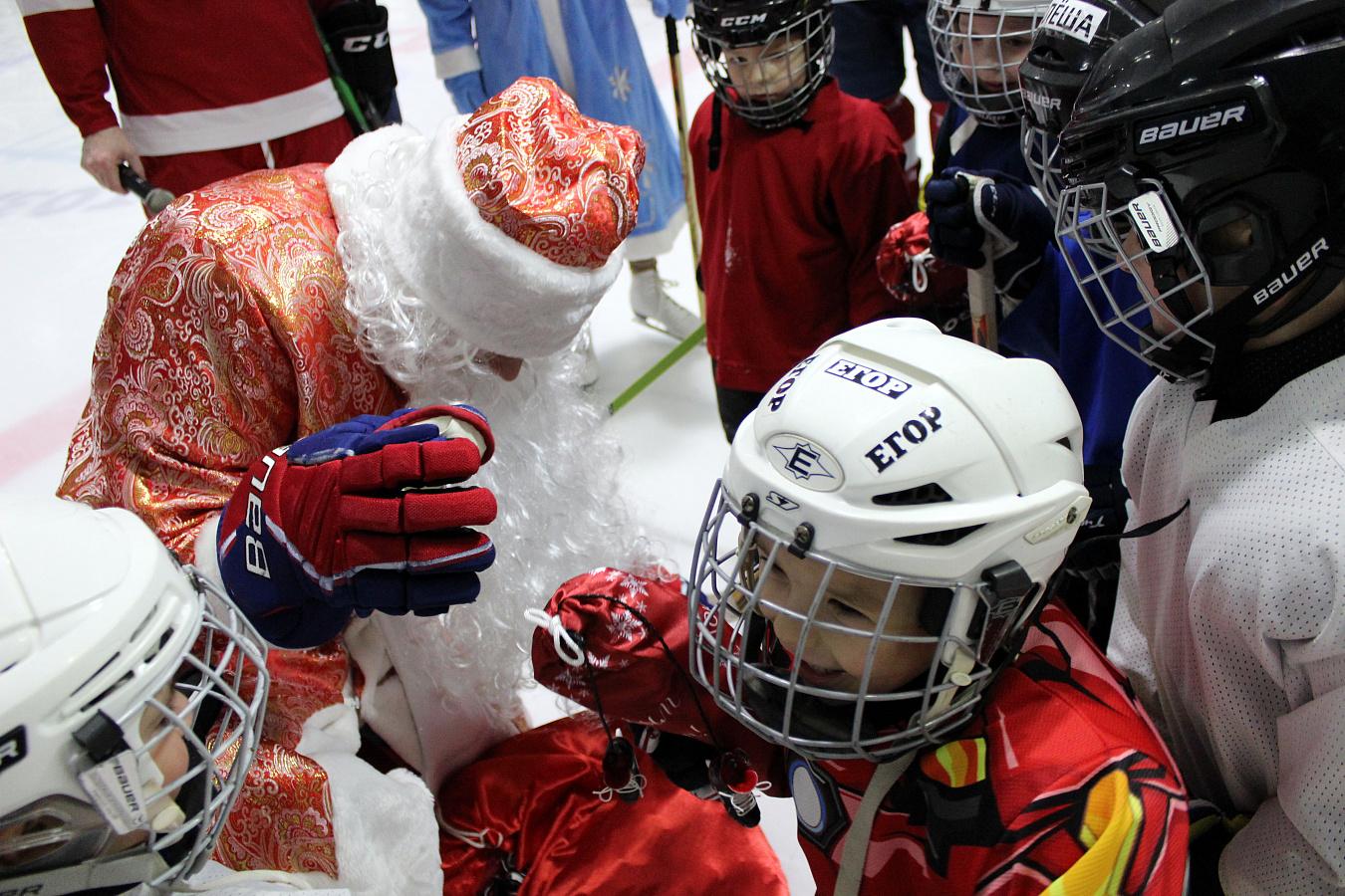 новогодние поздравления хоккеистам любите
